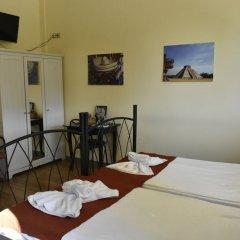 Отель RentRooms Thessaloniki в номере фото 2