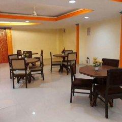 Отель Hanuwant Palace Индия, Нью-Дели - 1 отзыв об отеле, цены и фото номеров - забронировать отель Hanuwant Palace онлайн питание