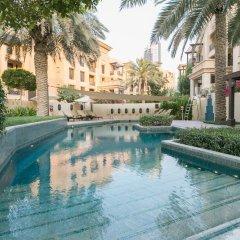 Отель One Perfect Stay - 2BR at Zanzabeel 3 бассейн фото 2