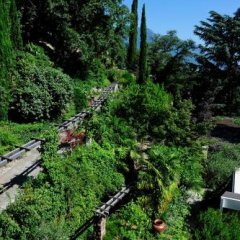 Отель Villa Tivoli Меран приотельная территория фото 2
