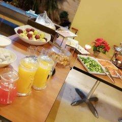 Отель Caesar's Park Hotel Ливан, Бейрут - отзывы, цены и фото номеров - забронировать отель Caesar's Park Hotel онлайн питание фото 2