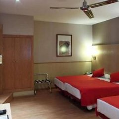 Отель Hostal Bcn Port Испания, Барселона - 3 отзыва об отеле, цены и фото номеров - забронировать отель Hostal Bcn Port онлайн комната для гостей фото 4