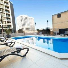 Metro Hotel Marlow Sydney Central бассейн