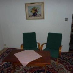 Отель Penzion U Doubku Карловы Вары комната для гостей фото 3