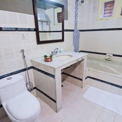 Отель Snowland Непал, Покхара - отзывы, цены и фото номеров - забронировать отель Snowland онлайн ванная фото 2