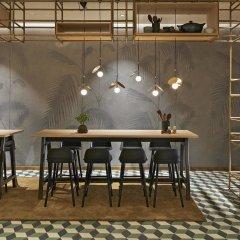 Отель Hyatt Regency Amsterdam гостиничный бар фото 6
