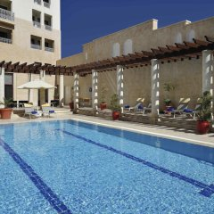 Отель Movenpick Resort Petra Иордания, Вади-Муса - 1 отзыв об отеле, цены и фото номеров - забронировать отель Movenpick Resort Petra онлайн бассейн фото 3