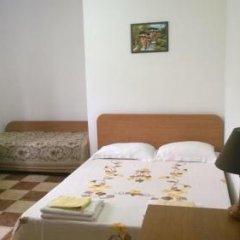 Отель Guest House Spiro Near Botanical Garden Балчик комната для гостей фото 4