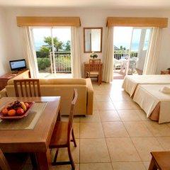 Отель Clube Porto Mos Португалия, Лагуш - отзывы, цены и фото номеров - забронировать отель Clube Porto Mos онлайн комната для гостей