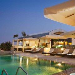 Отель Novotel Suites Mall of the Emirates бассейн фото 3