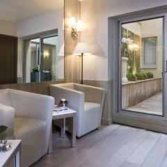 Отель Longchamp Elysées комната для гостей фото 7