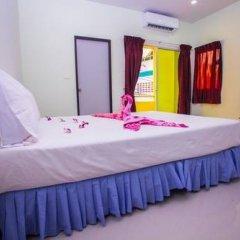 Отель Baan Prasert Guesthouse комната для гостей