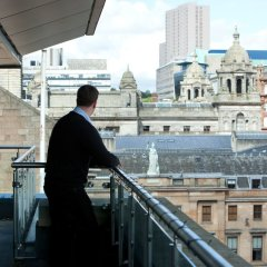 Отель The Spires Glasgow балкон