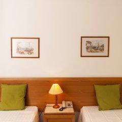 Отель Plaza Real Atlantichotels сейф в номере