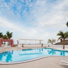 Отель Fuerteventura Princess Испания, Джандия-Бич - отзывы, цены и фото номеров - забронировать отель Fuerteventura Princess онлайн бассейн