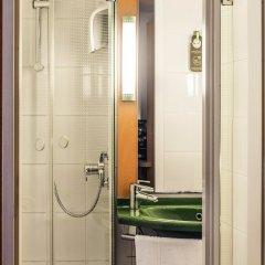 Отель ibis Gent Centrum Opera Бельгия, Гент - 2 отзыва об отеле, цены и фото номеров - забронировать отель ibis Gent Centrum Opera онлайн ванная фото 2