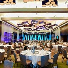Отель DoubleTree by Hilton Montreal Канада, Монреаль - отзывы, цены и фото номеров - забронировать отель DoubleTree by Hilton Montreal онлайн помещение для мероприятий