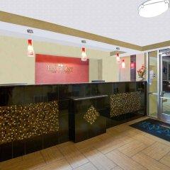 Отель Baymont by Wyndham Charlotte Airport North / I-85 North интерьер отеля
