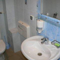 Гостиница Пилигрим в Пскове 11 отзывов об отеле, цены и фото номеров - забронировать гостиницу Пилигрим онлайн Псков ванная