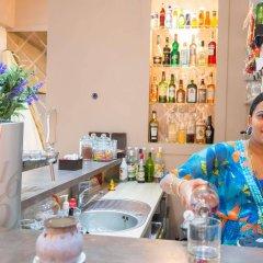 Отель Villa La Tour Ницца гостиничный бар