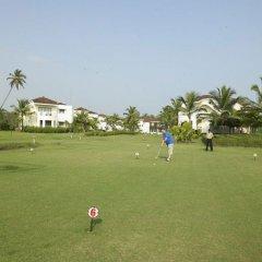 Отель Royal Orchid Beach Resort & Spa Гоа спортивное сооружение