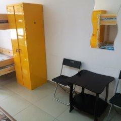 Гостиница Hostel Mors в Тюмени 1 отзыв об отеле, цены и фото номеров - забронировать гостиницу Hostel Mors онлайн Тюмень комната для гостей фото 3