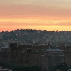 Bergama Tas Konak Турция, Дикили - 1 отзыв об отеле, цены и фото номеров - забронировать отель Bergama Tas Konak онлайн балкон