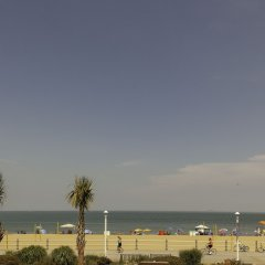 Sheraton Virginia Beach Oceanfront Hotel пляж
