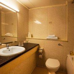 Отель Britannia Sachas Hotel Великобритания, Манчестер - 1 отзыв об отеле, цены и фото номеров - забронировать отель Britannia Sachas Hotel онлайн ванная
