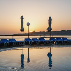 Отель AX ¦ Seashells Resort at Suncrest фитнесс-зал