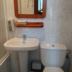 Отель Pensión Amara Испания, Сан-Себастьян - отзывы, цены и фото номеров - забронировать отель Pensión Amara онлайн ванная фото 2