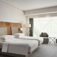 Отель Andaz Capital Gate Abu Dhabi - A Concept By Hyatt Абу-Даби комната для гостей фото 3