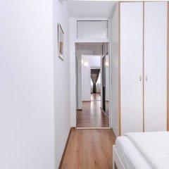 Отель FM Premium 2-BDR Apartment - Eleganto Болгария, София - отзывы, цены и фото номеров - забронировать отель FM Premium 2-BDR Apartment - Eleganto онлайн комната для гостей фото 3