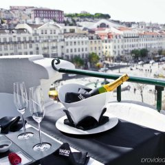 Отель Internacional Design Hotel - Small Luxury Hotels of the World Португалия, Лиссабон - 1 отзыв об отеле, цены и фото номеров - забронировать отель Internacional Design Hotel - Small Luxury Hotels of the World онлайн балкон