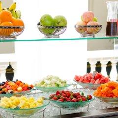 Отель Galle Face Hotel Шри-Ланка, Коломбо - отзывы, цены и фото номеров - забронировать отель Galle Face Hotel онлайн питание фото 3