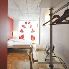 Отель Five Elements Hostel Frankfurt Германия, Франкфурт-на-Майне - отзывы, цены и фото номеров - забронировать отель Five Elements Hostel Frankfurt онлайн удобства в номере