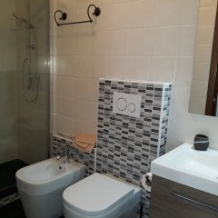 Отель Casa Taty Италия, Доло - отзывы, цены и фото номеров - забронировать отель Casa Taty онлайн ванная фото 2