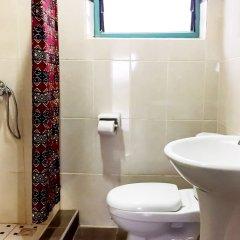 Отель Unity Ecovillage Гана, Мори - отзывы, цены и фото номеров - забронировать отель Unity Ecovillage онлайн ванная