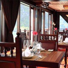 Отель Glory Legend Cruise Халонг питание
