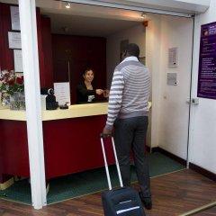 Отель Cerise Auxerre интерьер отеля фото 2