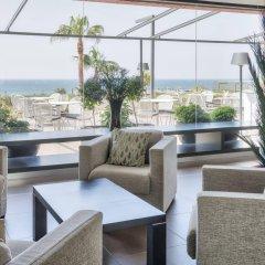 Отель Ilunion Calas De Conil Кониль-де-ла-Фронтера гостиничный бар