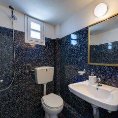 Отель Onar Rooms & Studios Греция, Остров Санторини - отзывы, цены и фото номеров - забронировать отель Onar Rooms & Studios онлайн ванная фото 2