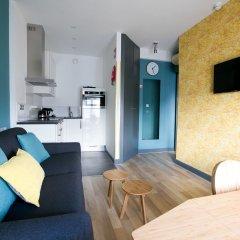 Отель Cityden Museum Square Hotel Apartments Нидерланды, Амстердам - отзывы, цены и фото номеров - забронировать отель Cityden Museum Square Hotel Apartments онлайн комната для гостей фото 3