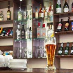 Отель Вояж Кыргызстан, Бишкек - 1 отзыв об отеле, цены и фото номеров - забронировать отель Вояж онлайн гостиничный бар