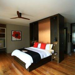 Отель Pavilion Samui Villas & Resort сейф в номере