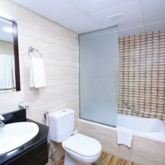 Royal Falcon Hotel ванная