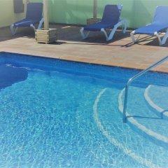 Отель Aura Park Fira Barcelona бассейн фото 3