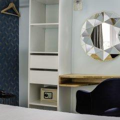 Hotel Elysée Etoile сейф в номере