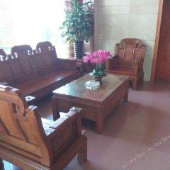 Отель Lotus Business Hostel Китай, Джиангме - отзывы, цены и фото номеров - забронировать отель Lotus Business Hostel онлайн комната для гостей