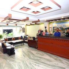 Отель Alpine Hotel & Apartment Непал, Катманду - отзывы, цены и фото номеров - забронировать отель Alpine Hotel & Apartment онлайн интерьер отеля фото 3
